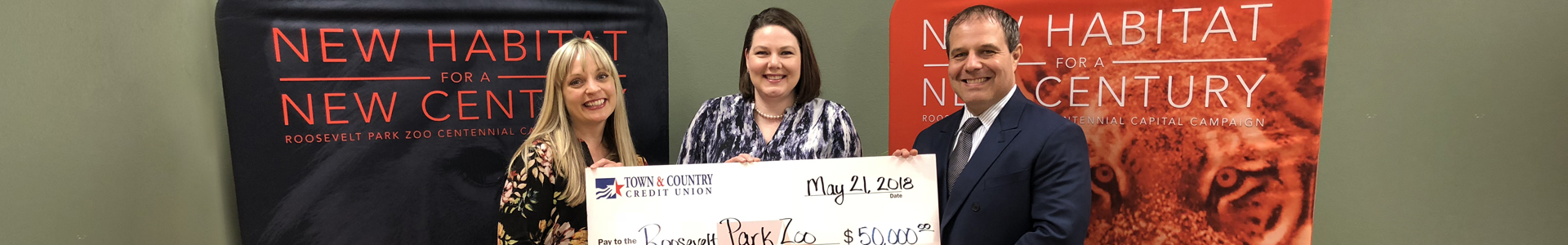 Town & Country Donates to the Roosevelt Park Zoo