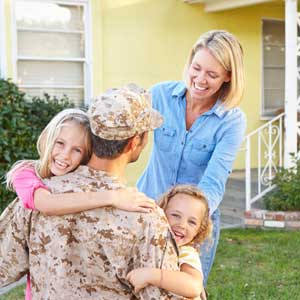 soldier, home, family, house, hugs